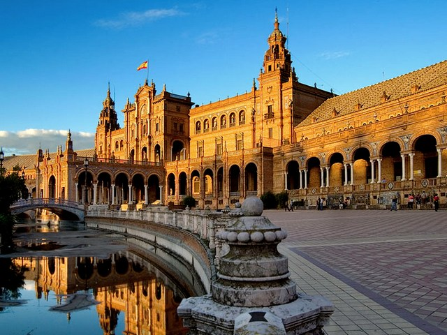Горящие туры в Испанию из Новосибирска