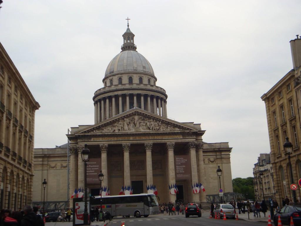 Париж23